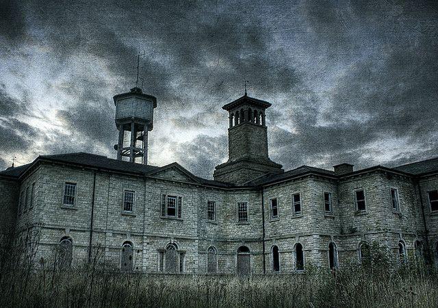 NYCC The Largest Insane Asylum on the East Coast