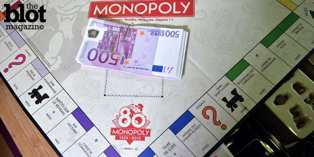 To celebrate the 80th anniversary of Monopoly's introduction in France, its manufacturer Hasbro is putting real money in 80 limited-edition game boxes. (mashable.com image)