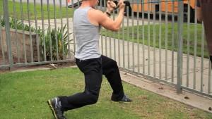 dip knee lunge position