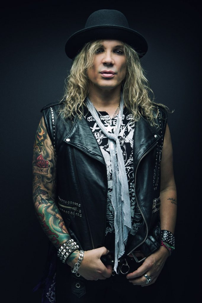 Steel Panther lead singer Michael Starr. (Photo by David Jackson)