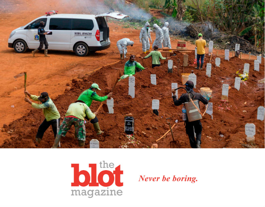 In Indonesia, Anti-Maskers Have to Dig Graves for Covid Dead