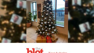 Alabama Thugshot Christmas Tree Outrages Pretty Much Everyone